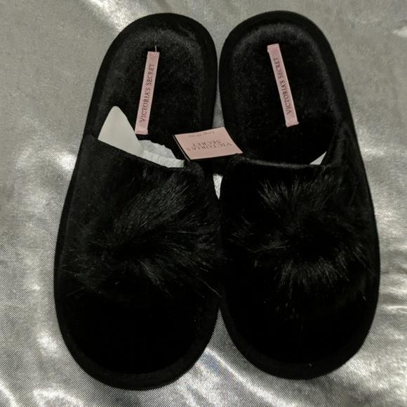 acf6c91a2a40f Victoria's Secret black slippers NWT L 9/10 NWT